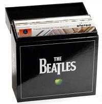 Box com 14 discos de vinil dos Beatles Edição limitada stereo