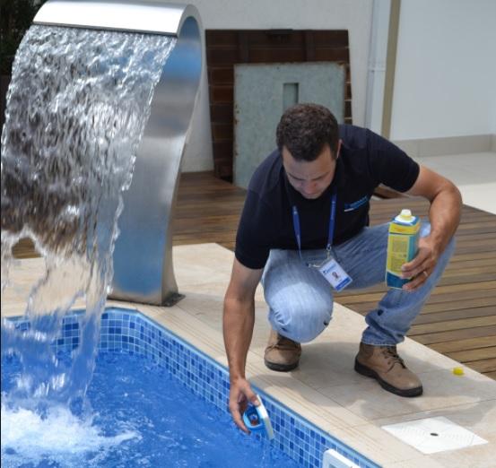 Piscinólogo - Especialista em tratamento e limpeza de água de piscinas